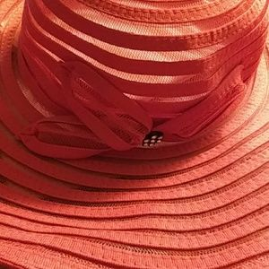 RED HATTER SOCITY CLUB A HAT-1 ONLY USED